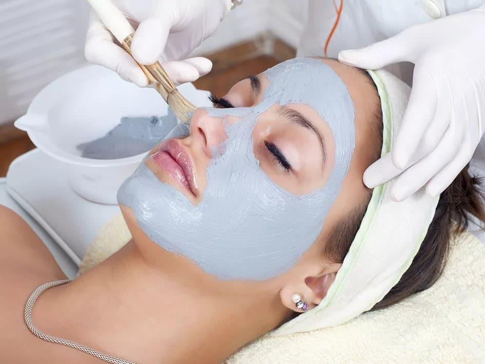 маска для лица у косметолога